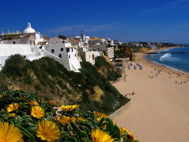 Obok Portugalii, zyskały także Grecja, Hiszpania czy Włochy.