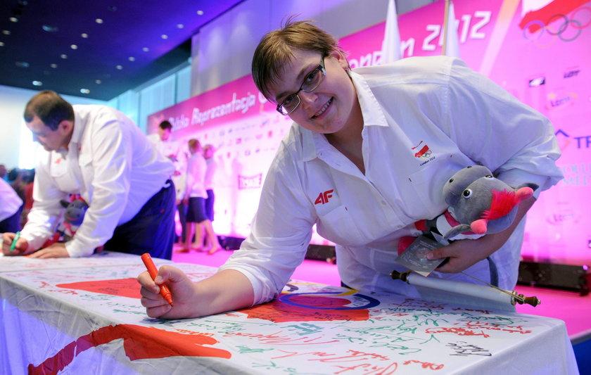 Sadkowska brała udział w igrzyskach olimpijskich w Pekinie (2008 r.) i Londynie (2012 r.)