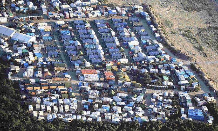 Francja likwiduje obozowisko uchodźców w Calais.