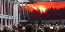 """""""Apokalipsa"""" w Grecji. Przerażające wideo z ewakuacji turystów"""