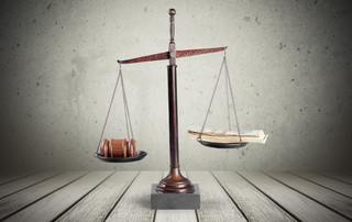 Stawki adwokackie i radcowskie: Zmiany tak, lecz pośpiech niewskazany