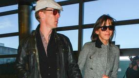 Benedict Cumberbatch z narzeczoną na lotnisku