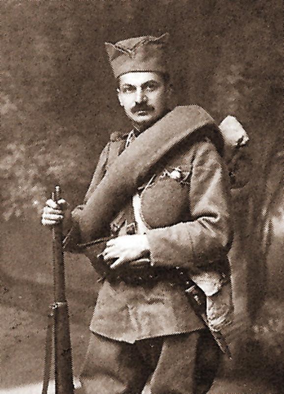 Milan Jovanović pred polazak u rat 1914. godine