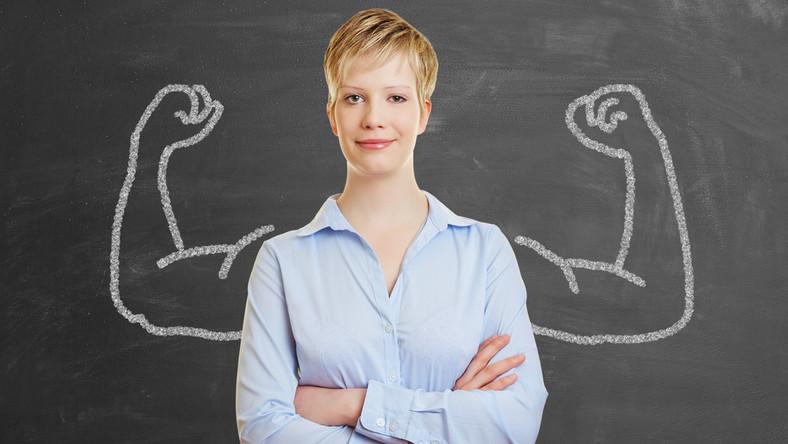 Co decyduje o kobiecej pewności siebie?