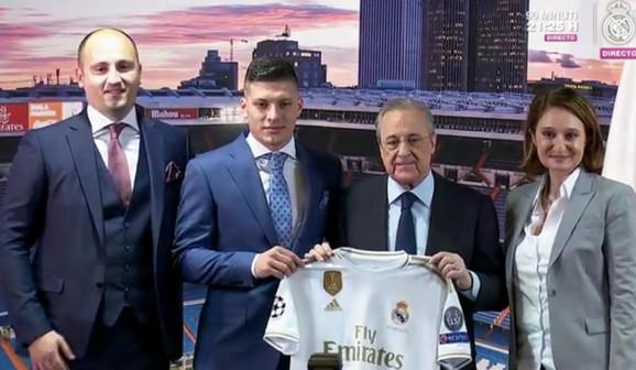 Luka Jović na predstavljanju u Real Madridu