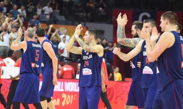 Košarkaši Srbije nakon utakmice sa Angolom