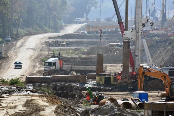 Radovi na izgradnji pruge