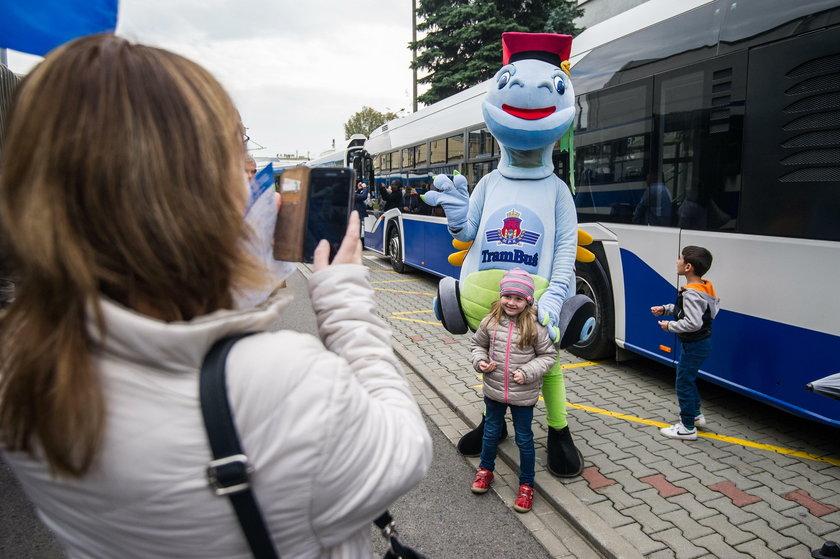 Parada zabytkowych autobusów