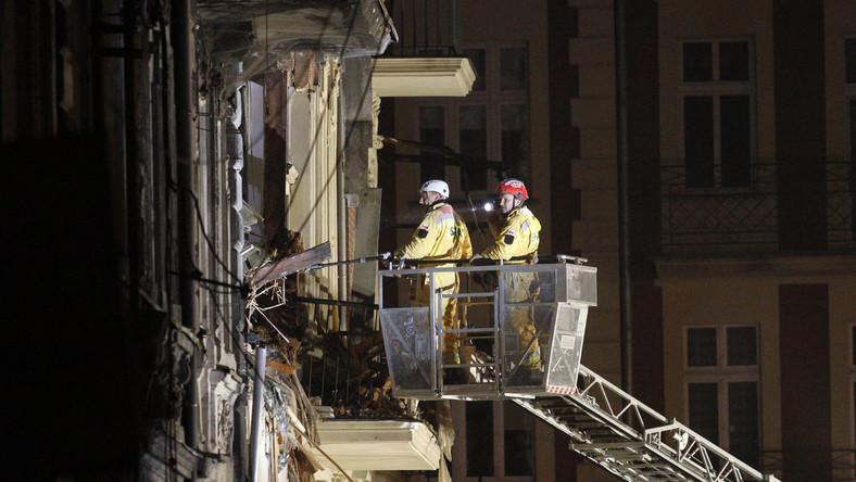 Minister daje po 6 tys. zł mieszkańcom zawalonej kamienicy w Katowicach