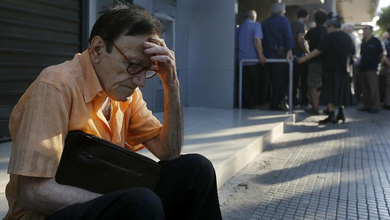 Wiele gazet publikuje dziś kartę do głosowania w greckim referendum, które ma się odbyć w niedzielę