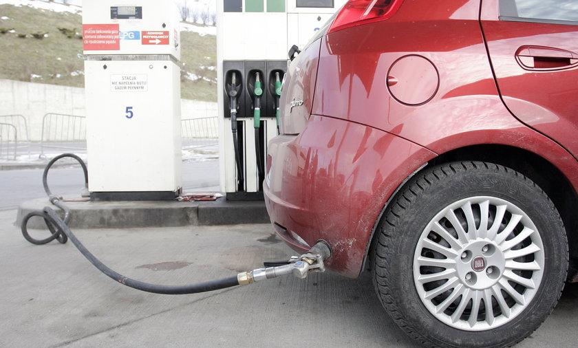 Samochód na gaz LPG. Nowe przepisy uziemią 3 miliony aut