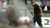 Policja zamknęła kibiców na stadionie. GKS przeprasza