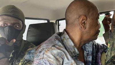 Guinée: Condé détenu à l'entrée de Kaloum