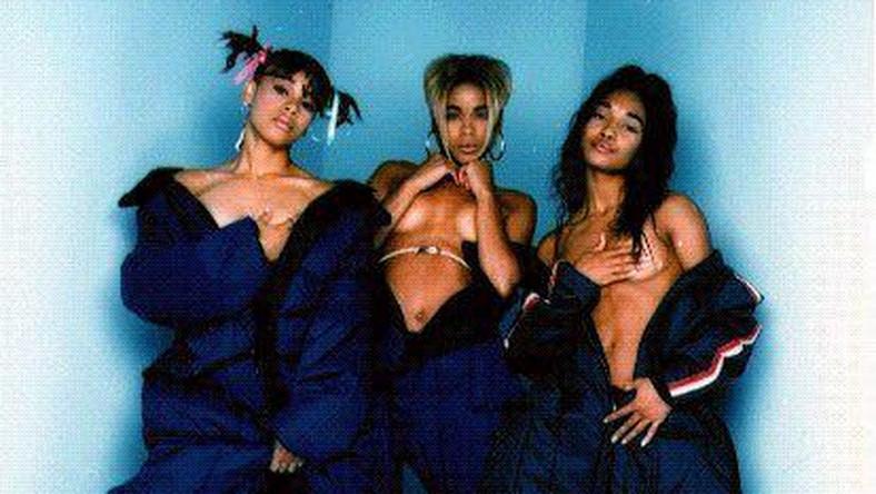 """TLC było jedną z najsłynniejszych żeńskich formacji lat 90-tych ubiegłego wieku. Dziesięć jej singli debiutowało w pierwszej dziesiątce listu """"Billboardu"""", każda z czterech płyt pokryła się multiplatyną. W sumie albumy Amerykanek znalazły 65 milionów nabywców, co daje TLC drugie miejscu w rankingu """"najlepiej sprzedających się girlsbandów wszech czasów"""""""
