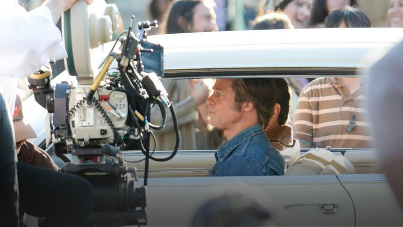 """Once Upon a Time in Hollywood"": Brad Pitt i Leonardo DiCaprio na planie filmu Quentina Tarantino"