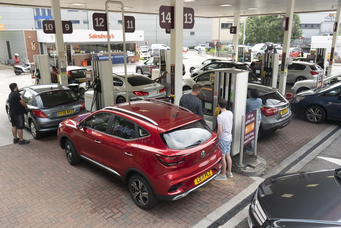 Queue of cars in front of one of London's gas stations, September 26, 2021.