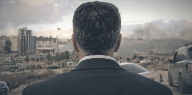 """Kadr z filmu """"The Mayor"""" (Burmistrz) w reżyserii Davida Osita"""