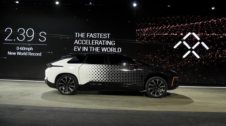 Mimo zainteresowania, jakie wzbudził FF91, nie ustają spekulacje, czy firma Faraday Future jest w stanie je wyprodukować