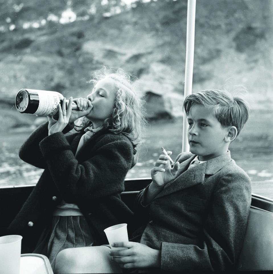 Hiszpania. Yvonne i Alexander Sayn-Wittgenstein na pokładzie łodzi Bartholomé March