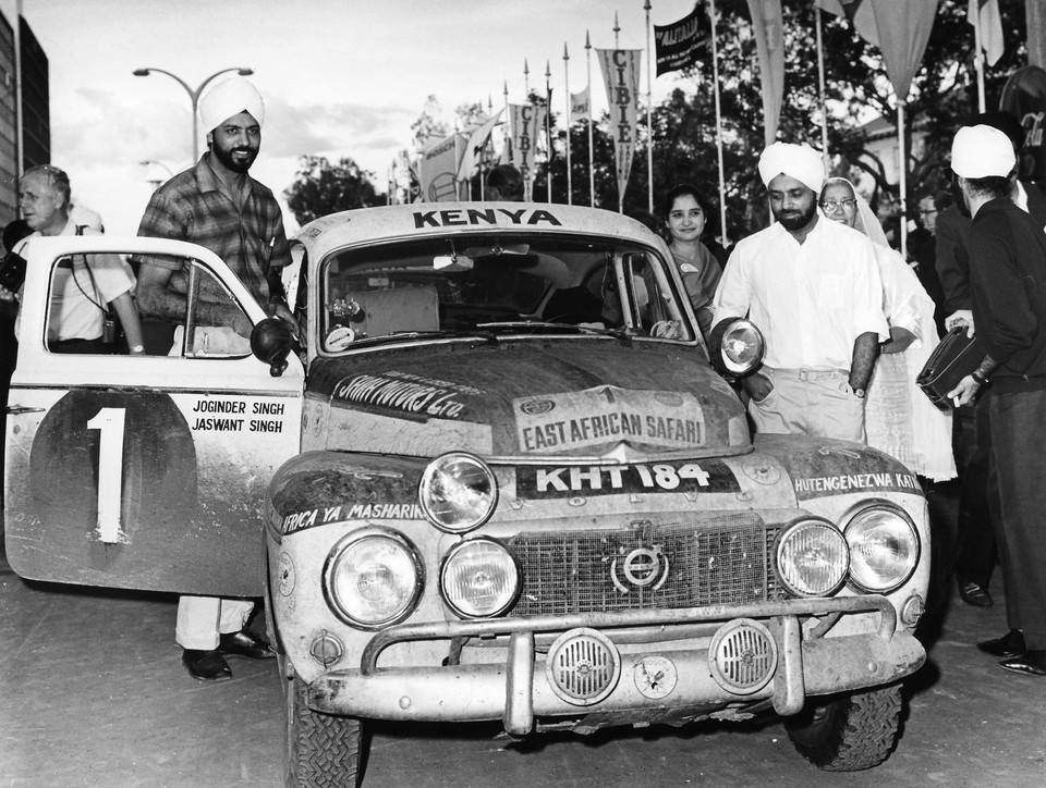 161287_the_singh_brothers_and_their_volvo_pv_544_1965