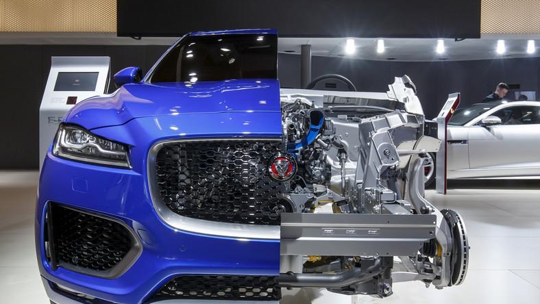 Na 80. urodziny Jaguar sprawił swoim fanom prezent. We Frankfurcie zadebiutował gotowy do produkcji nowy model o nazwie F-PACE - to pierwszy crossover brytyjskiej stajni...
