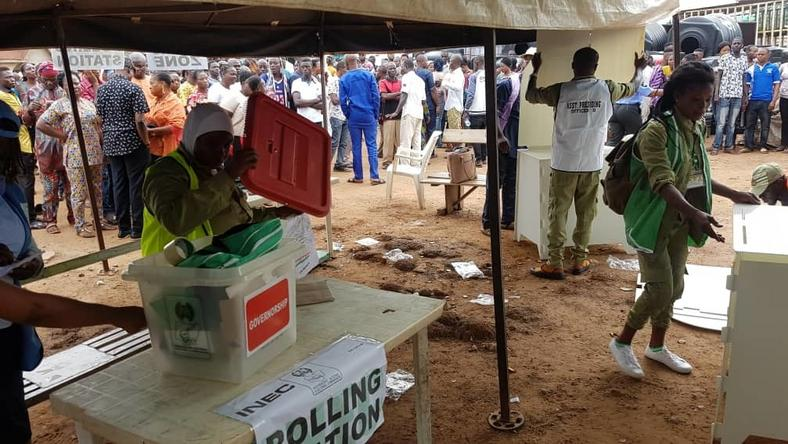 INEC staff setting up a polling booth