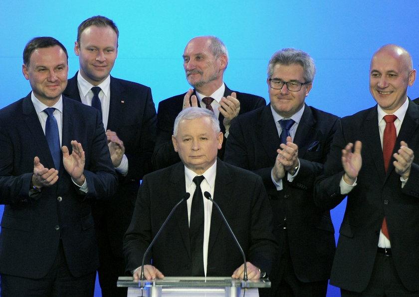 Prof. Pawłowicz: mam pełne zaufanie do prezesa