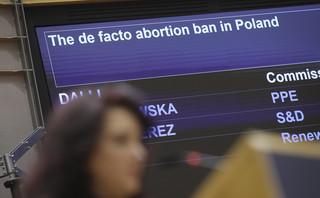 Burzliwa debata w PE ws. zakazu aborcji w Polsce. 'Kraje członkowskie muszą przestrzegać praw podstawowych'