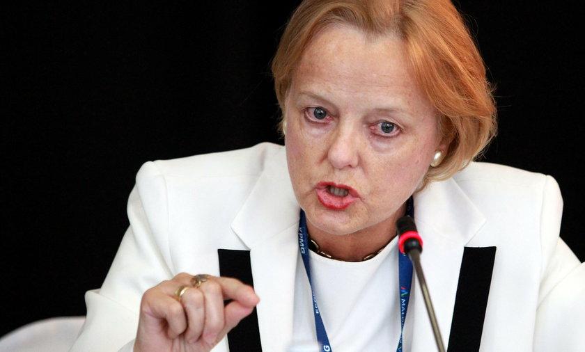 Przedstawiła Tuska w gestapowskim mundurze. Polska konsul zostanie ukarana?