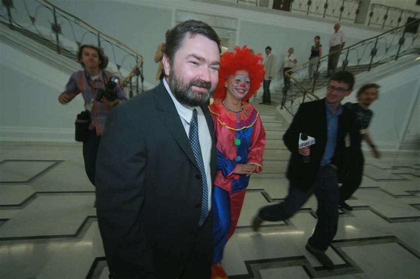 Sejm to cyrk! - obejrzyj wideo