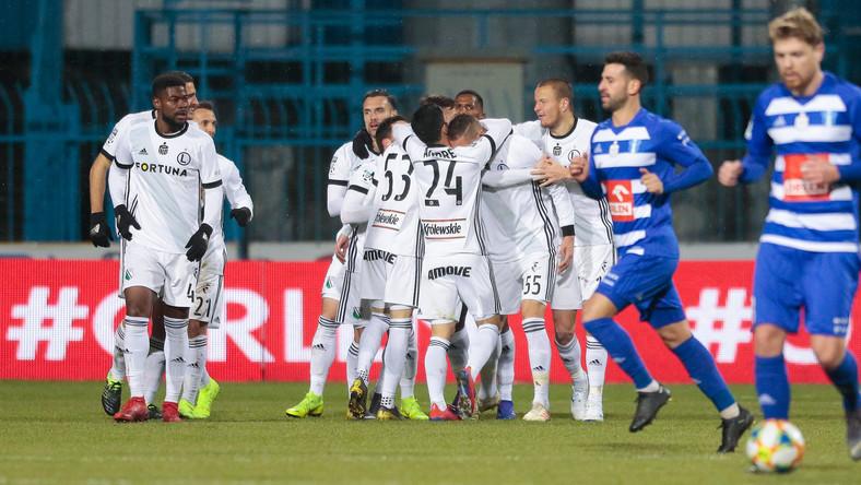 61f9ebcf1 Legia Warszawa pokonała Wisłę Płock 1:0. Wynik i relacja z meczu ...