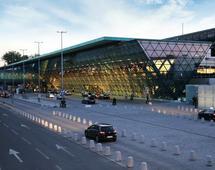 Port lotniczy w Krakowie od lat pozostaje liderem wśród lotnisk regionlanych