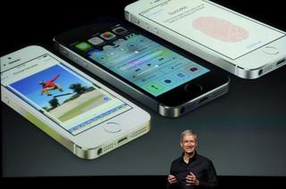 iPhone 5S i 5C w Play od 25 października. Tylko w jednym salonie