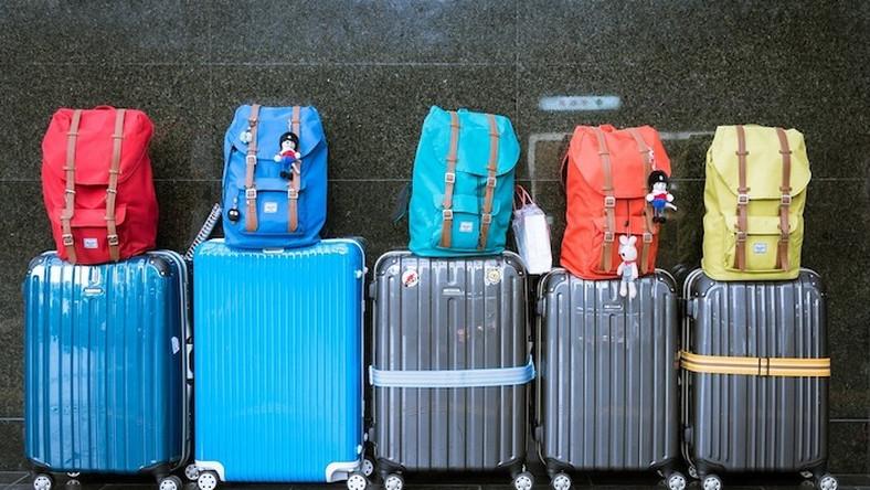 6064e422d80eb Walizka kabinowa czy torba podróżna? - co wybrać na wakacje - Podróże
