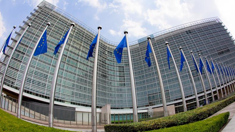 KRUS, umowy śmieciowe... Bruksela wytknie Polsce wszystkie słabości