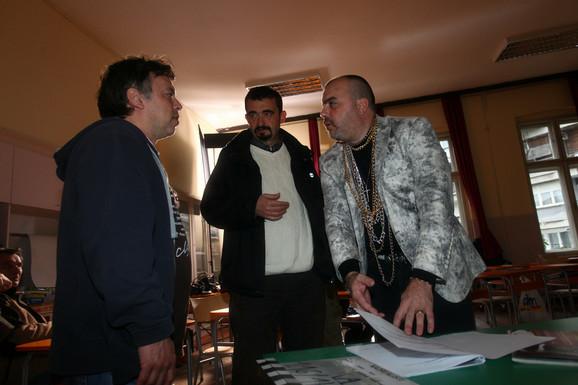 Od škole za preživljavanje do kancerogenog mleka: Nele i Milinković s Kojom