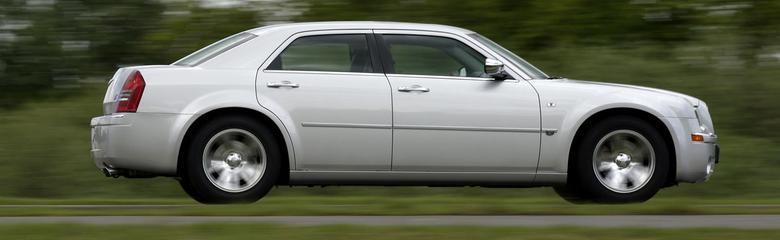 Charakterystyczny design. I sedan i kombi mają 5015 mm.