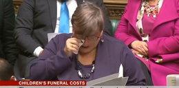 Posłanka rozpłakała się w parlamencie. Mówiła o śmierci synka