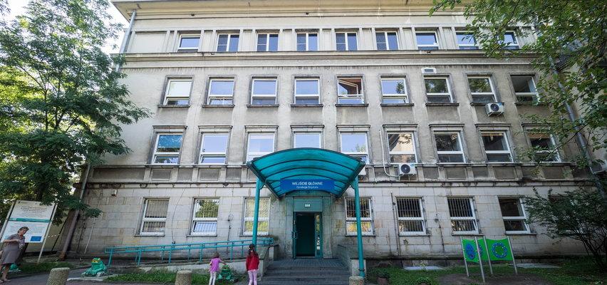 Lek ratujący 9-latkę ściągnięto z USA do Warszawy w 2 doby. Ale jak już był w stolicy, to do szpitala nie mógł dotrzeć przez kolejne 4 dni...