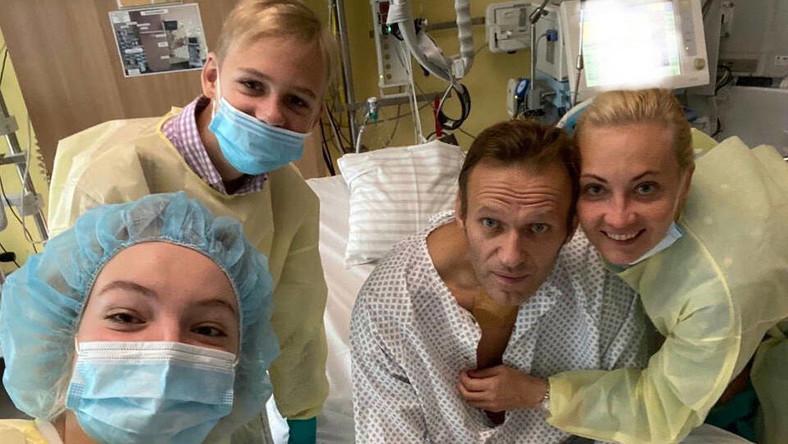 Aleksiej Nawalny z rodziną