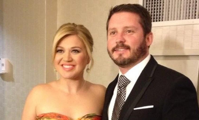 Kelly Clarkson będzie musiała płacić Brandonowi Blackstockowi bardzo wysokie alimenty. Ok. 800 tys. złotych!