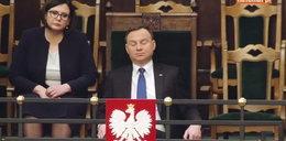 Ups! Andrzej Duda podejrzany w czasie obrad. Walczył jak mógł