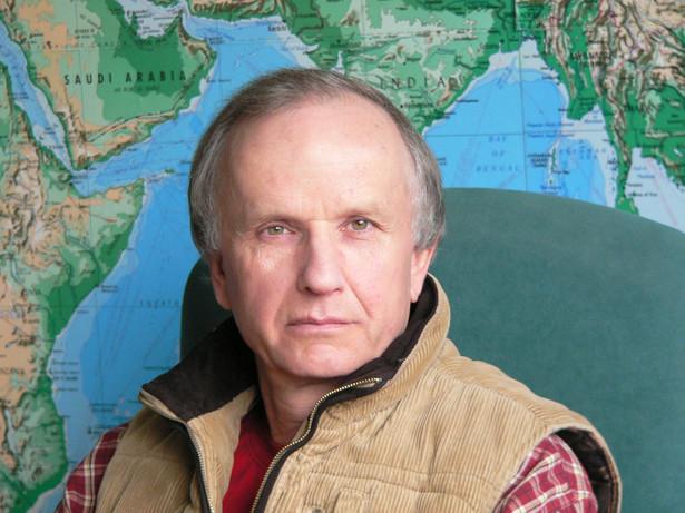 Prof. Grzegorz W. Kołodko - dyrektor Centrum Badawczego Transformacji, Integracji i Globalizacji TIGER w Akademii Leona Koźmińskiego (www.tiger.edu.pl), wicepremier i minister finansów w latach 1994-97 i 2002-03.