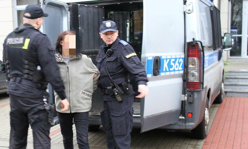 Zatrzymana kobieta trafiła na przesłuchanie do prokuratury