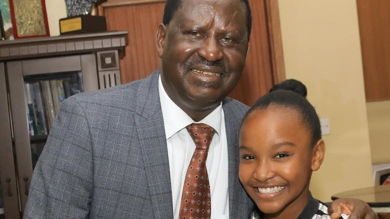 Wendy Waweni with Raila Odinga (Instagram)
