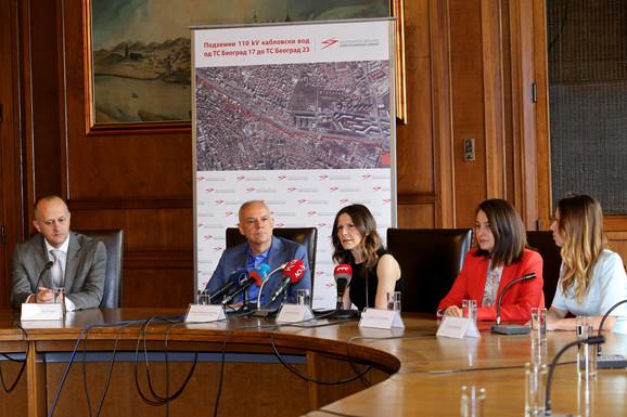 Gradonačelnik dr Zoran Radojičić i direktorka EMS-a Jelena Matejić danas u Starom dvoru