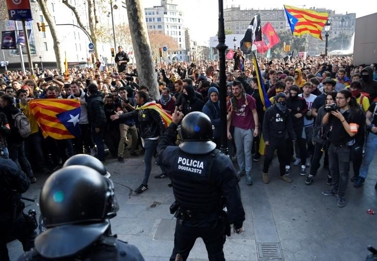 Prosecutors are seeking seven to 25 years jail for the 12 Catalan separatist leaders and activists