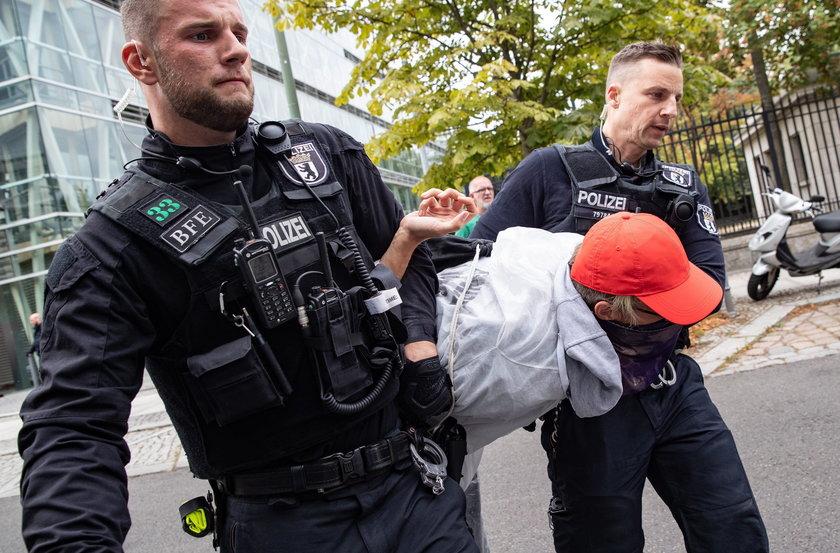 Tragiczny wypadek w niemieckim lesie Hambach. Nie żyje dziennikarz