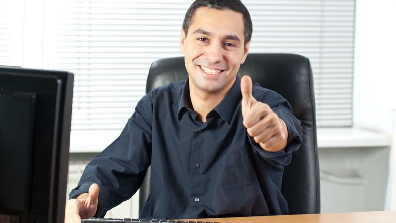 Są oferty pracy dla specjalistów. Poszukiwani handlowcy, informatycy