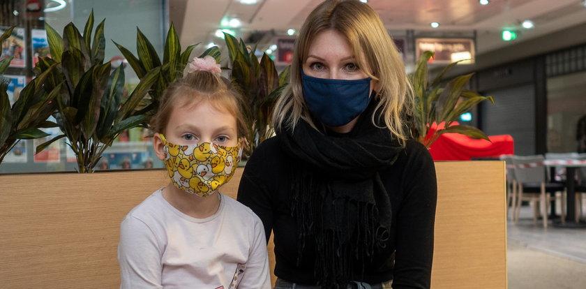 Matka mieszka z córką w... domu dziecka w Łodzi. To nie jest ponury żart